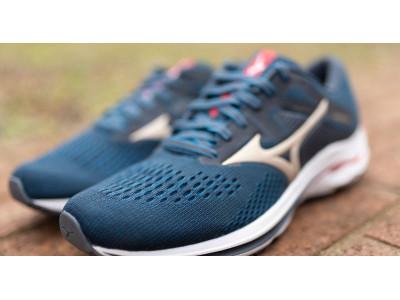 Огляд бігових кросівок Mizuno Wave Inspire 17